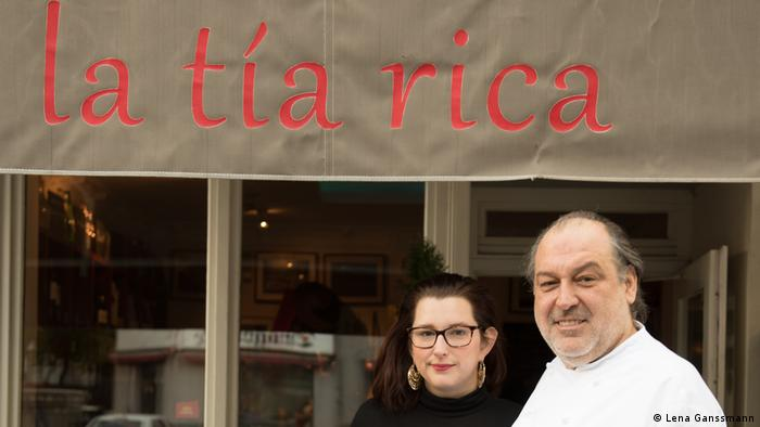 Francisco Javier and Bianca de la Parra at La Tía Rica in Berlin (Photo: Lena Ganssmann)