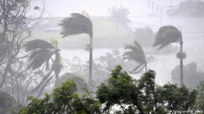 Australien Zyklon Debbie in Townsville (Reuters/AAP/D. Peled)