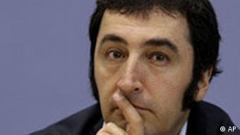 headshot of Cez Odemir