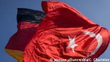 Symbolbild Deutschland - Türkei Flaggen
