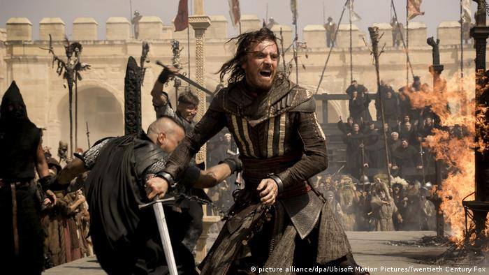 Filmstill Assassin's Creed mit Michael Fassbender (picture alliance/dpa/Ubisoft Motion Pictures/Twentieth Century Fox )