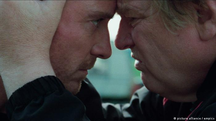 Filmstill Trespass Against Us mit Michael Fassbender und Brendan Gleeson (picture alliance / empics)