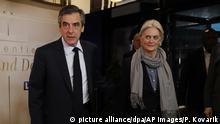 Frankreich Francois Fillon mit seiner Frau Penelope in Paris