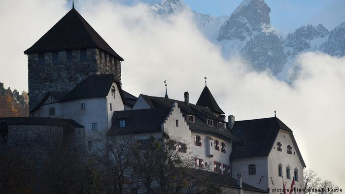 Liechtenstein Schloss Vaduz (picture alliance/dpa/F. Kästle)