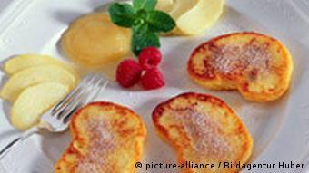 Essen in Deutschland Quakkäulchen Quarkgebäck aus Sachsen