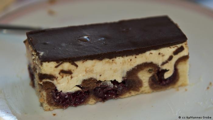 Pedaço de bolo Donauwelle