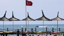 ANTALYA, TURKEY - AUGUST 29, 2016: The Mediterranean resort of Antalya. Russia's Federal Air Transport Agency banned charter flights to Turkey after the downing of a Russian Air Force jet near the Turkey-Syria border in November 2015. The ban was lifted in August, 2016, with charter flights between Russia and Turkey to resume in September, 2016. Alexander Demianchuk/TASS  