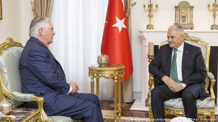 Türkei Besuch US-Außenminister Tillerson (picture-alliance/dpa/Prime Minister's Press Service/Stf)
