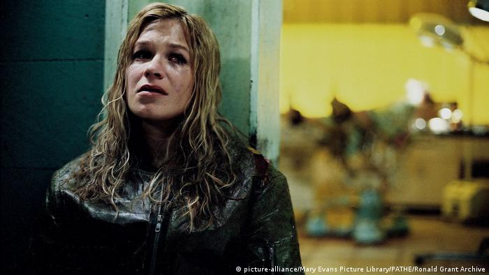 Franka Potente - Film still from Creep (picture-alliance/Mary Evans Picture Library/PATHE/Ronald Grant Archive)