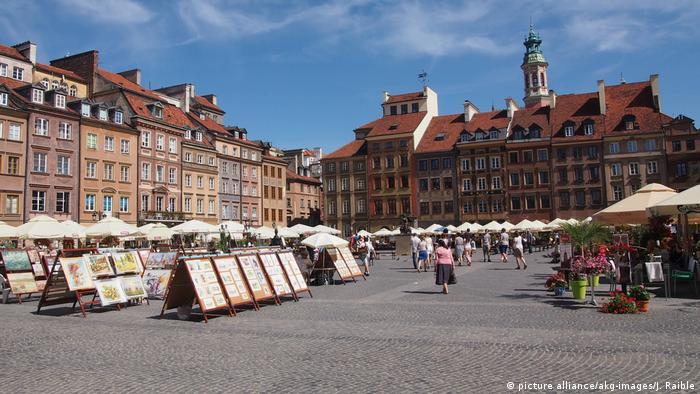 Polen Warschau Altstadtmarkt (picture alliance/akg-images/J. Raible)