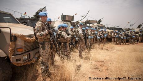UN troops in Mali. (picture-alliance/dpa/M. Kappeler)