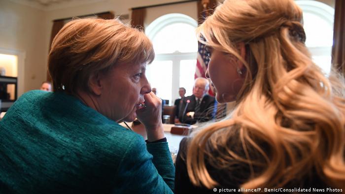 Ivanka Trump y Angela Merkel en la Casa Blanca.