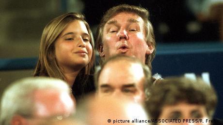 Ivanka Trump und ihr Vater Donald Trump (picture alliance/ASSOCIATED PRESS/R. Frehm)