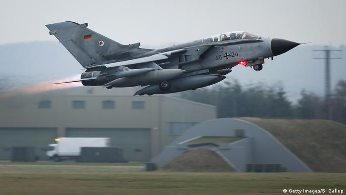 A Bundeswehr Tornado fighter jet (Getty Images/S. Gallup)