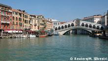30.03.2017 *** The Rialto Bridge is seen in Venice, Italy March 30, 2017. REUTERS/Manuel Silvestri