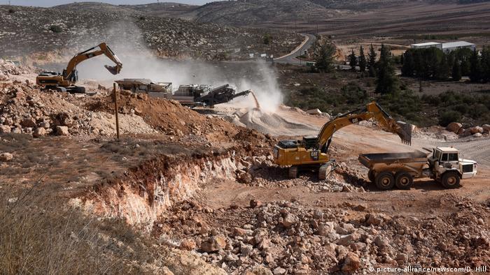 West Bank   Bau neuer Häuser in der territorial umstrittenen Shiloh Siedlung (picture-alliance/newscom/D. Hill)