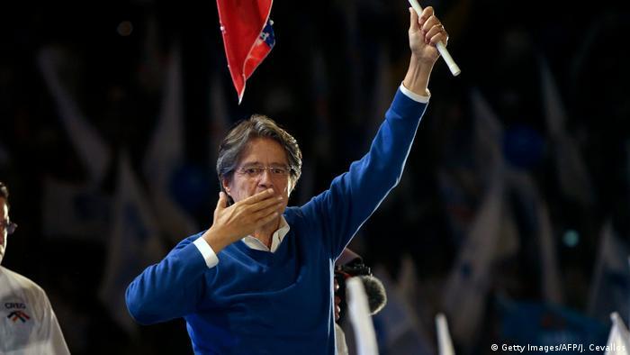 Ecquador | Wahlkampf Guillermo Lasso (Getty Images/AFP/J. Cevallos)