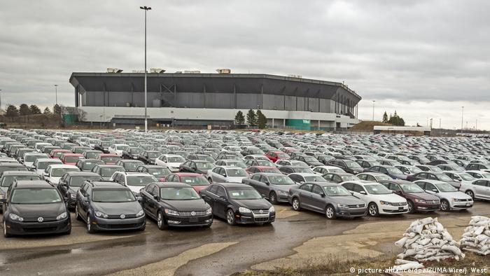 VW diesel cars bought back from US owners (picture-alliance/dpa/ZUMA Wire/J. West)