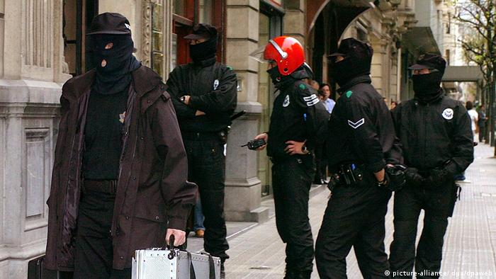 Spanien Polizeirazzia in Bilbao
