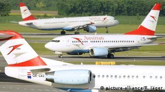 Boeing 737 der österreichischen Lufthansa-Tochter AUA (picture-alliance/R. Jäger)