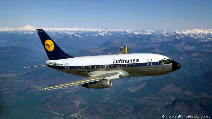 1968 Lufthansa Boeing 737-100 im Liniendienst (picture-alliance/dpa/Lufthansa)