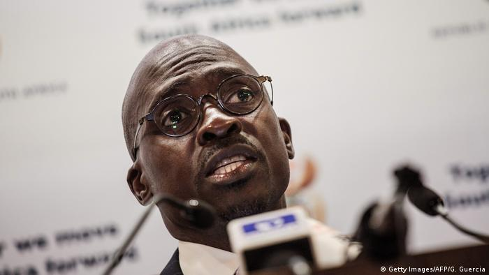 A close up of Malusi Gigaba (Getty Images/AFP/G. Guercia)