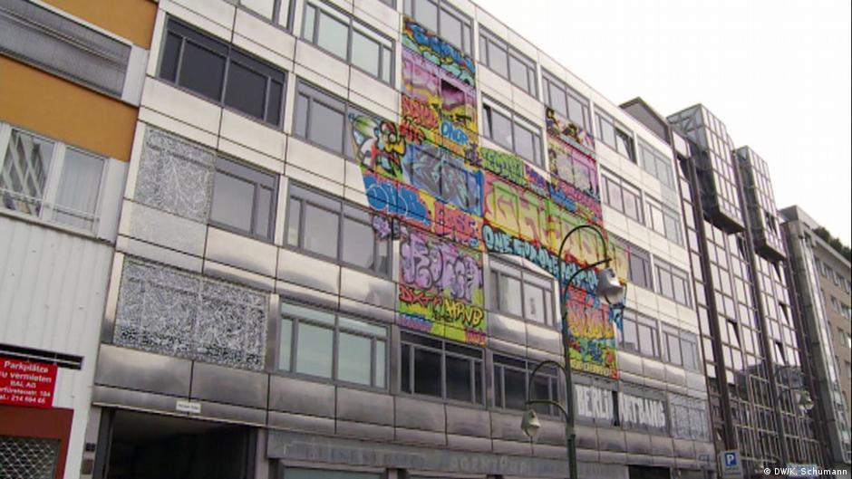 Berlin Art Bang: 'The Haus' street art