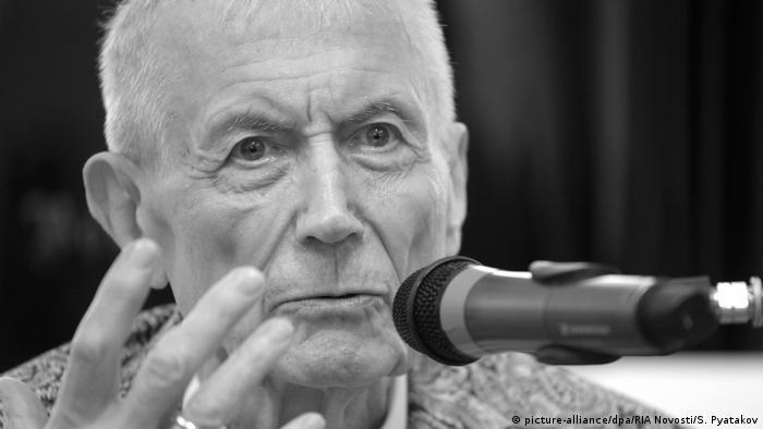 Schriftsteller Yevgeny Yevtushenko gestorben (picture-alliance/dpa/RIA Novosti/S. Pyatakov)