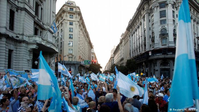 Argentinien Buenos Aires Demonstration für die Regierung (Reuters/M. Acosta)