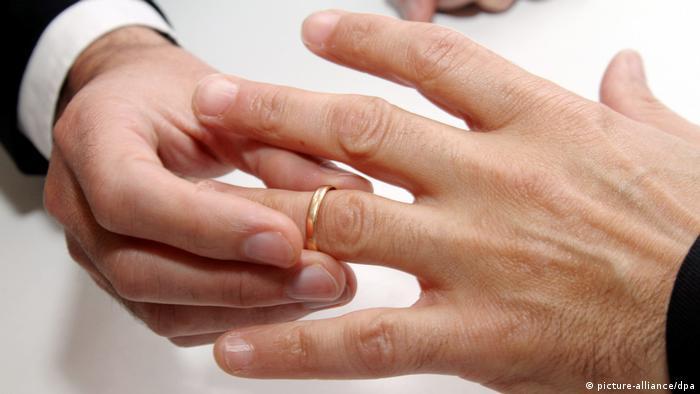 Symbolbild Homo-Ehe (picture-alliance/dpa)
