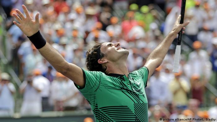 USA Roger Federer Finale Miami Open 2017 (picture alliance/AP Photo/L. Sladky)