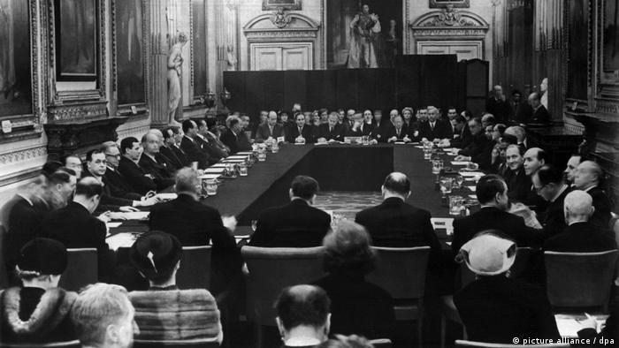 Unterzeichnung Auslandsschulden-Abkommen 1953 in London