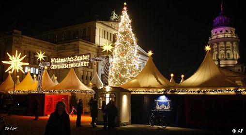 Weihnachtsmarkt am Genarmenmarkt in Berlin