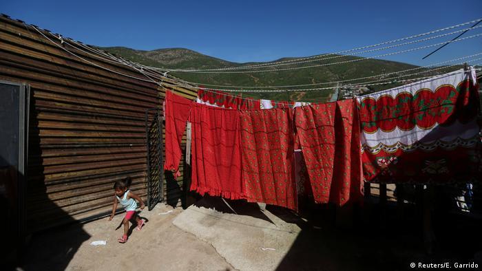 Mexiko Fotoreportage im Schatten der Grenzmauer in Tijuana (Reuters/E. Garrido)