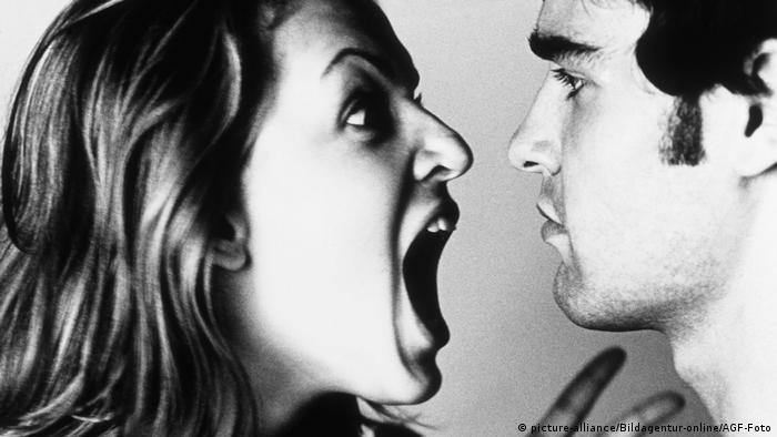 Symbolbild Streit zwischen Frau und Mann (picture-alliance/Bildagentur-online/AGF-Foto)