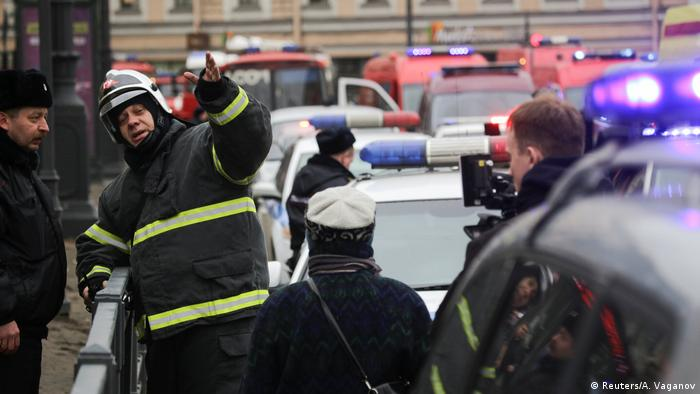 Russland Explosion Metro in Sankt Petersburg (Reuters/A. Vaganov)