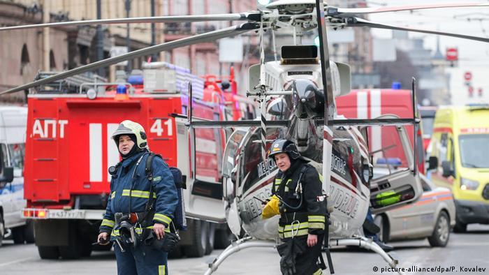 После взрыва в метро: спасатели в Санкт-Петербурге работают в экстренном режиме