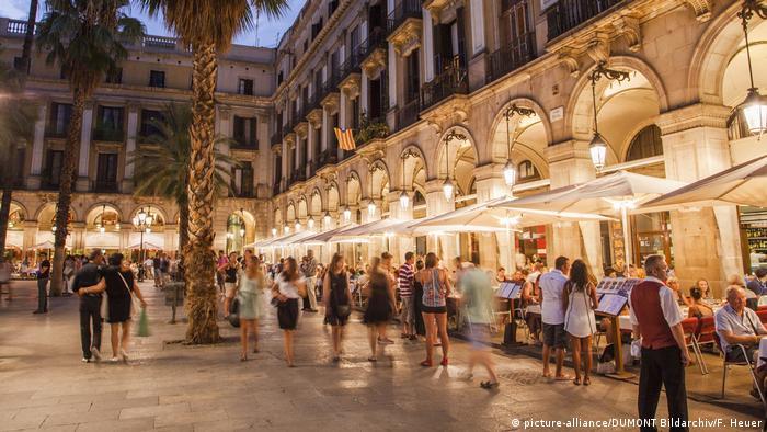 Spanien Barcelona Placa Reial