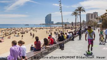 Набережная и пляж в Барселоне