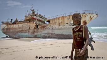 Somalia Piraten (picture alliance/AP Photo/F. Abdi Warsameh)