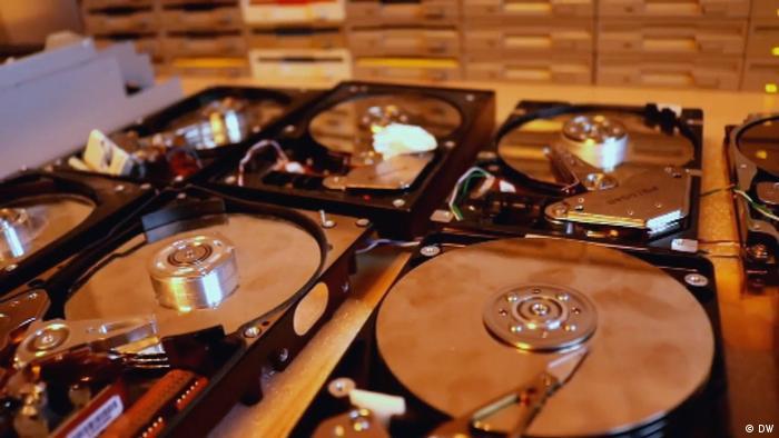 hard drive installation (DW)