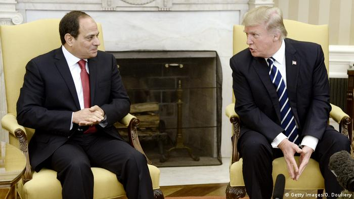 USA Abdel Fattah al-Sisi und Donald Trump in Washington (Getty Images/O. Douliery)