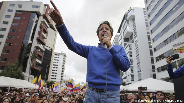 Ecuador Wahlen Guillermo Lasso (picture-alliance/AP Photo/D. Ochoa)