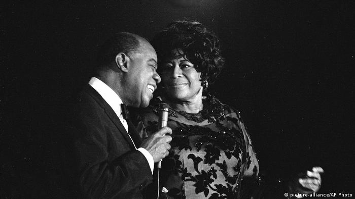 Louis Armstrong and Ella Fitzgerald in New York (picture-alliance/AP Photo)