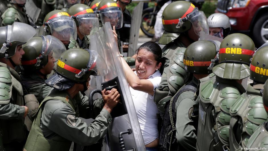 Resultado de imagem para ditadura na venezuela 2017