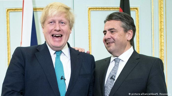 England Treffen Außenminister Gabriel mit Boris Johnson (picture-alliance/dpa/S. Rousseau)