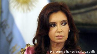 Cristina Fernández de Kirchner reponde a acusações de corrupção