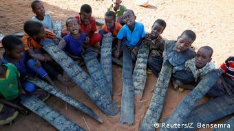 Somalia Binnenflüchtlinge in Dollow, Kinder mit Koran (Reuters/Z. Bensemra)