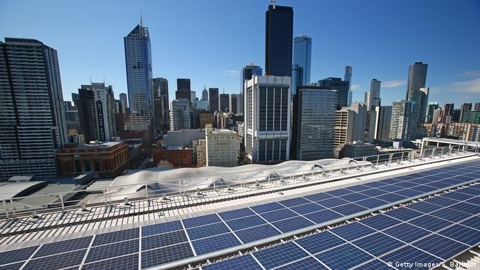 Solar panels on the rooftop of the AGL office in Melbourne's Docklands (Getty Images/S. Barbour)