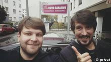 Krsto Lazarevic (l.) und Danijel Majic, deutsche Journalisten, aufgenommen in Frankfurt/Main
